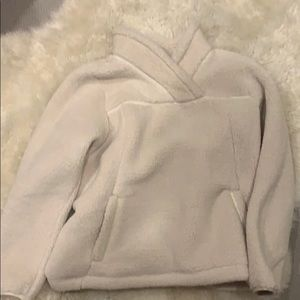 north face fluffy pullover